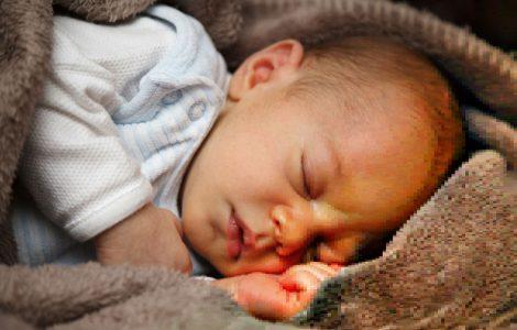 Babygrundwissen: Tiefschlaf vs. Panikpennen
